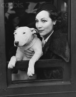 17 Jun 1936, London, England, UK --- Dolores Del Rio Mexican film actress leaves Waterloo Railway Station in London, for Southampton to catch the 'Queen Mary' in 1936. --- Image by © Hulton-Deutsch Collection/CORBIS
