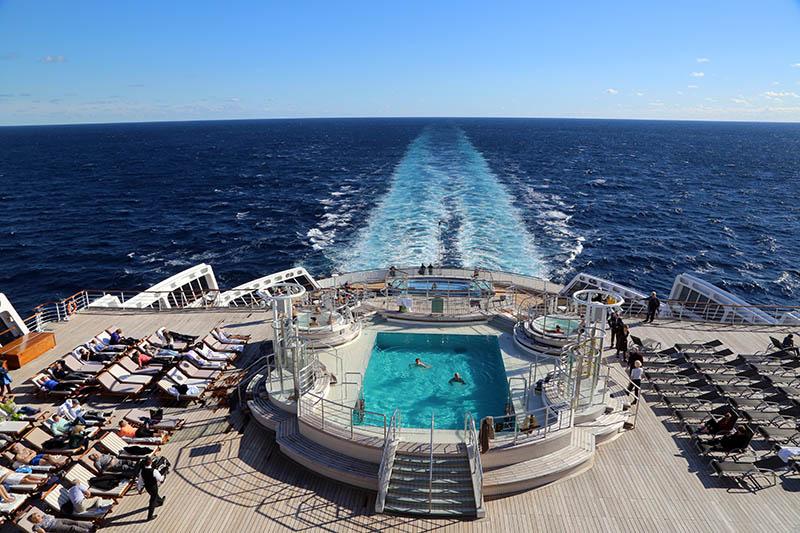 piscinas vuelta al mundo en crucero