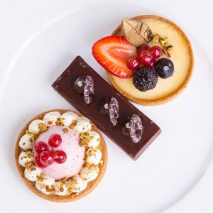 Queen-Mary-2-new-Carinthia-Lounge-delicious-treats